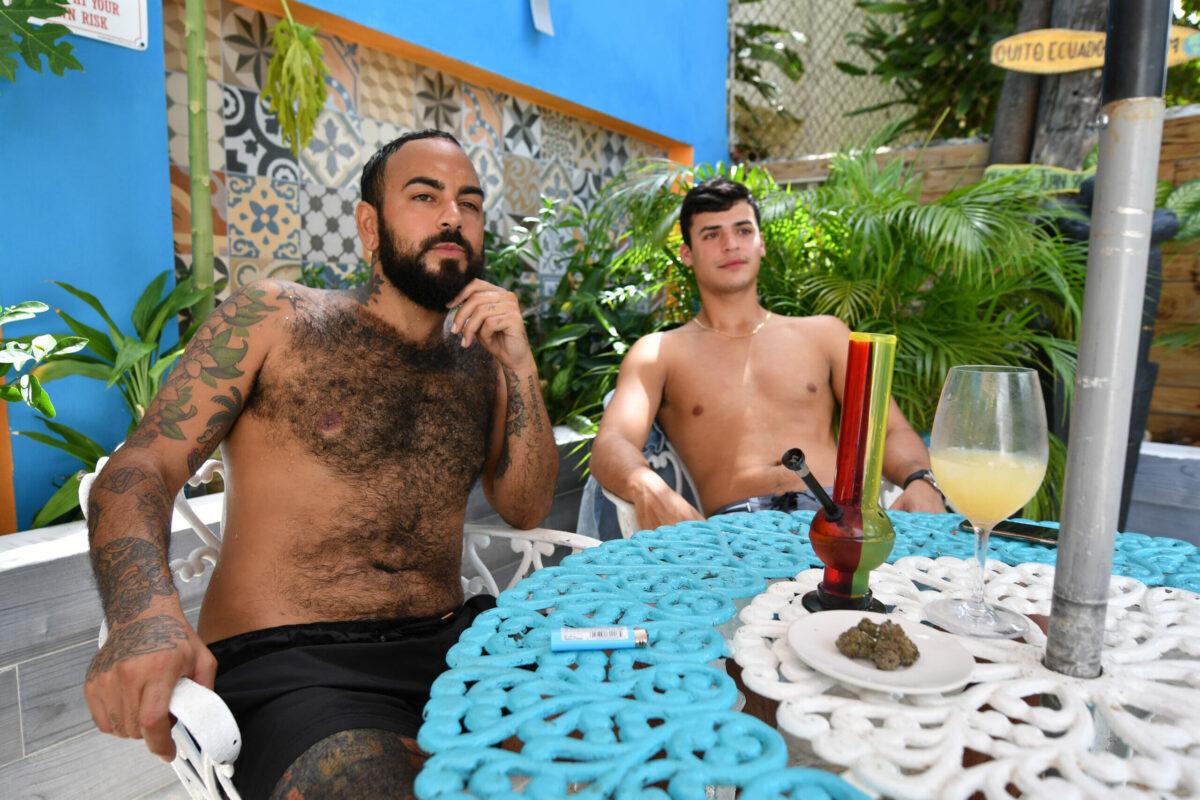 volcano vaporizer 420 friendly hotel with fresh bud